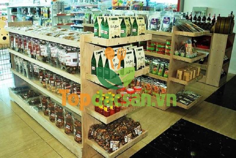 cửa hàng đặc sản miền tây ở Sài Gòn